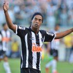 Ronaldinho Gaúcho fala sobre sua trajetória