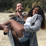 Serena Williams partilha foto com o noivo e gera polêmica racial