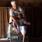 Adeptos de religiões afro-brasileiras relatam preconceito em sala de aula