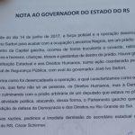 Caminhada protesta contra remoção da Ocupação Lanceiros Negros, em Porto Alegre
