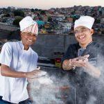 Sucesso no exterior, chef volta ao Brasil e cria 'iFood' da periferia