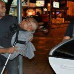 Reinaldo Príncipe do Pagode sai carregado depois de passar mal em show no Rio