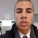 Depois de filmar PMs que o abordaram, advogado negro é detido em Curitiba