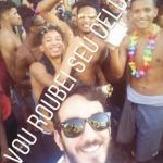Jovem negro denuncia racismo de folião branco em bloco de carnaval