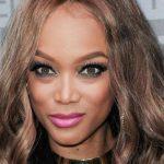 Top model negra revela que quase não foi da Victoria's Secret por causa do cabelo