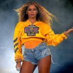 """Anna Wintour dá carta branca à Beyoncé, que será capa da edição de setembro da """"Vogue"""" americana"""
