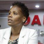 Judiciário inocenta juíza que mandou prender advogada negra