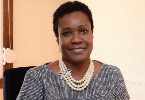 https://revistaraca.com.br/wp-content/uploads/2016/10/A_embaixadora_da_Jamaica_no_Brasil_em_entrevista__Raa.jpg