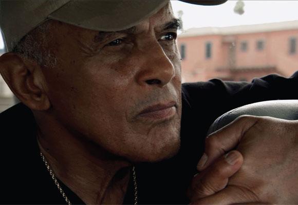 https://revistaraca.com.br/wp-content/uploads/2016/10/A_histria_do_ator_e_ativista_Harry_Belafonte.jpg