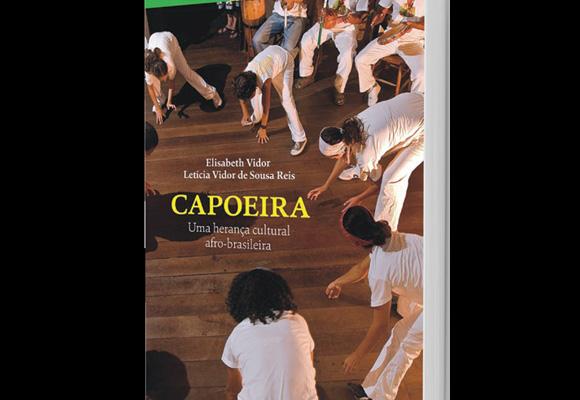 https://revistaraca.com.br/wp-content/uploads/2016/10/CAPOEIRA_LIVRO.jpg