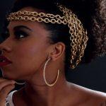 Entrevista com a cantora Grazzi Brasil