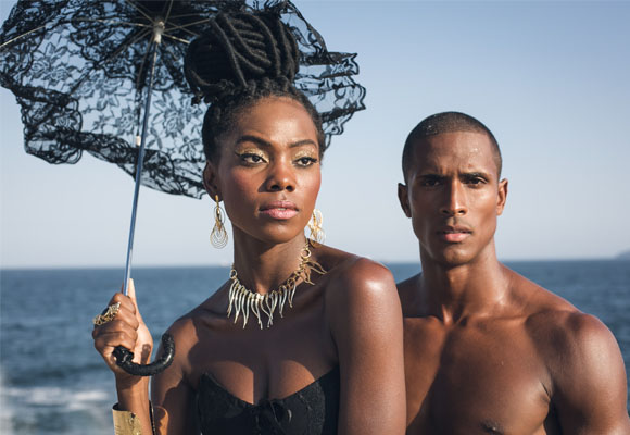 https://revistaraca.com.br/wp-content/uploads/2016/10/Moda_Black_no_Rio_de_Janeiro2.jpg