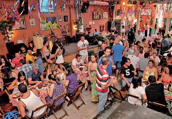 https://revistaraca.com.br/wp-content/uploads/2016/10/bar_com_samba_em_so_paulo.jpg