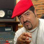 DJ HUM LANÇA DISCO EM SHOW NO CCJ