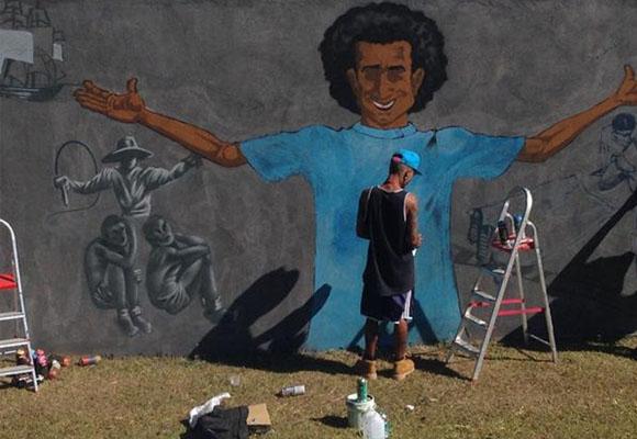 https://revistaraca.com.br/wp-content/uploads/2016/11/Jovens_grafiteiros_fazem_mural_na_Casa_da_ONU.jpg