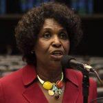 Benedita da Silva pede punição para Bolsonaro: 'exigimos respeito'