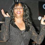 Morre aos 60 anos a cantora Joni Sledge, do Sister Sledge, do sucesso 'We are family'