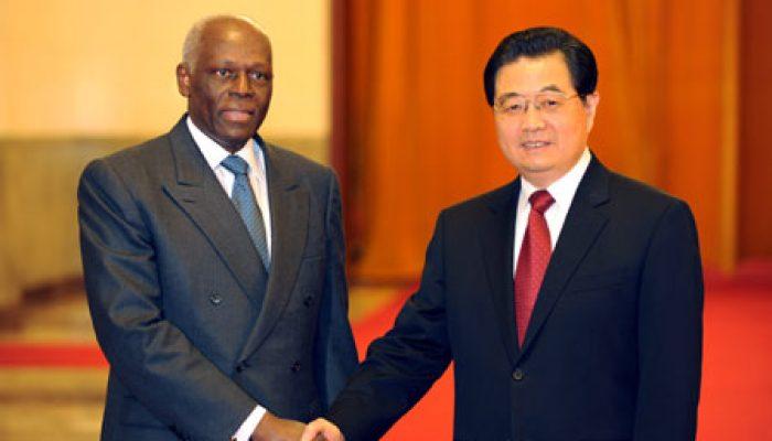 https://revistaraca.com.br/wp-content/uploads/2017/06/China-Angola-700x400.jpg