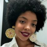 """Estudante negra abre mão de cotas: """"Não achei legal tirar a vaga de uma pessoa que precisa mais do que eu"""""""