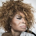 Aos 87 anos, Elza Soares grava álbum 'Deus é mulher', sobre 'era de energia feminina'