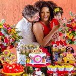 """Juliana Alves celebra seis meses da filha Yolanda com tema: """"Princesas Negras"""""""
