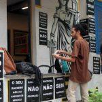 Alunos da PUC Rio fazem novo protesto contra o racismo