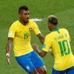 Paulinho relembra convite de Messi, racismo na Europa e exalta Tite