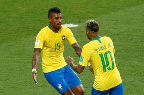 https://revistaraca.com.br/wp-content/uploads/2018/07/paulinho-e-neymar-no-jogo-servia-x-brasil-27062018155743059.jpeg