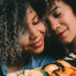 Saúde da mulher negra é foco da campanha Outubro Rosa das Rosas