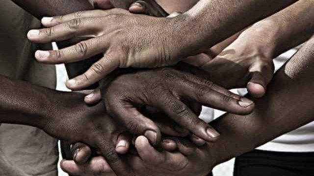 https://revistaraca.com.br/wp-content/uploads/2020/06/Preconceito-Racial-2-640x360.jpg