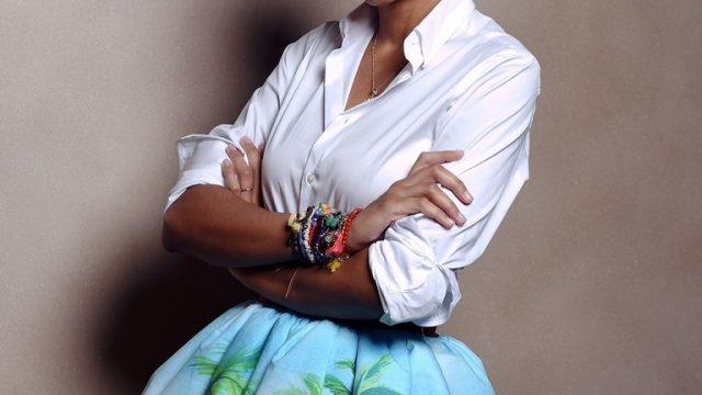 https://revistaraca.com.br/wp-content/uploads/2020/08/designer-stella-jean-poses-during-the-vogue-fashion-dubai-news-photo-1593426289-640x360.jpg