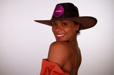 https://revistaraca.com.br/wp-content/uploads/2020/11/lidi-lisboa-atriz-12092020213544559-1.jpeg